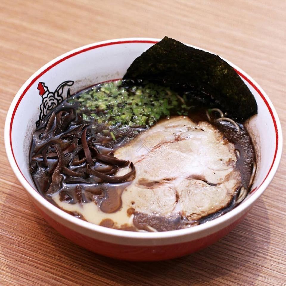 Ikkoryu black garlic tonkotsu ramen